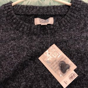 Extra Soft Men's Sweater NWT